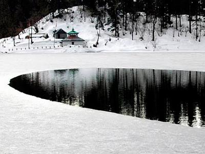 Dodital Lake in Winters