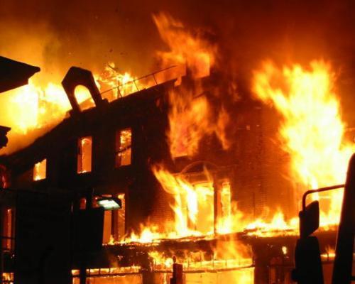 Peterhoff Burning (Fake)