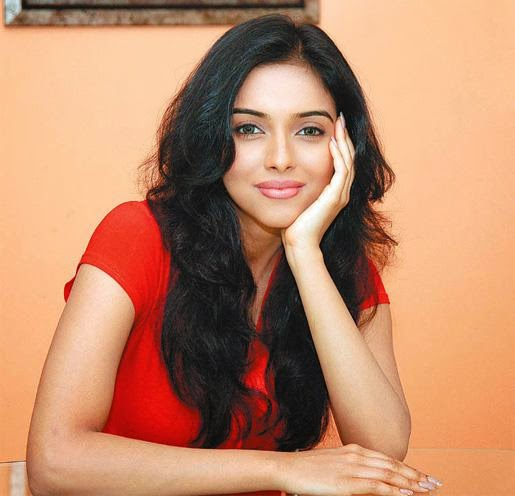 Asin shoots in Shimla in high fever, for All is Well