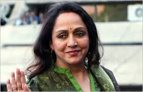 The Dreamgirl – Hema Malini is gracing the streets of Shimla
