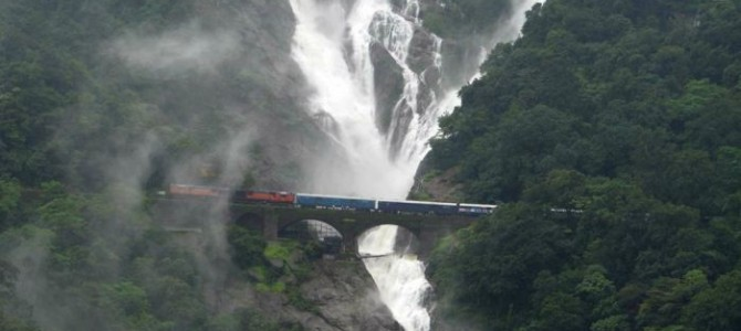 For Nature Lovers: 10 most Beautiful Waterfalls in India states