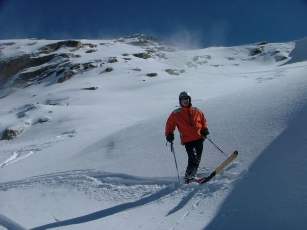 Best Places for Skiing in Himachal