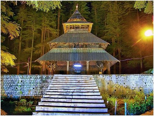 Hadimba-Temple-in-Manali_mesmerisingViewInNight